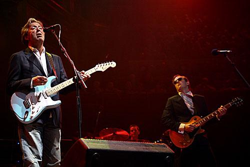 Eric Clapton & Joe Bonamassa (foto via Mascot Records)