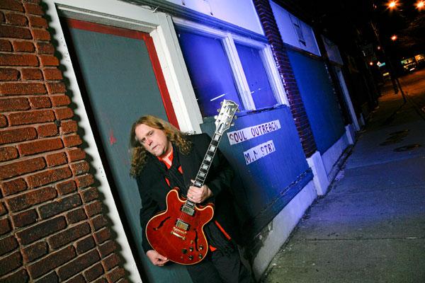 Warren Haynes - Photo Credits: Stewart O'Shields