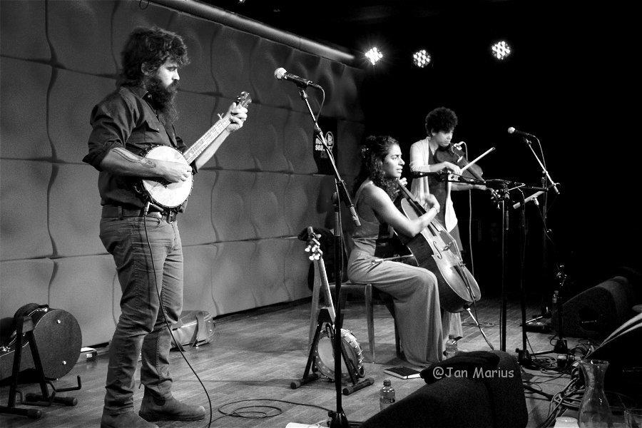 foto5 Leyla McCalla Band