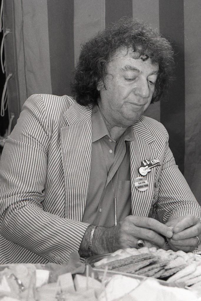 Sidney A Seidenberg
