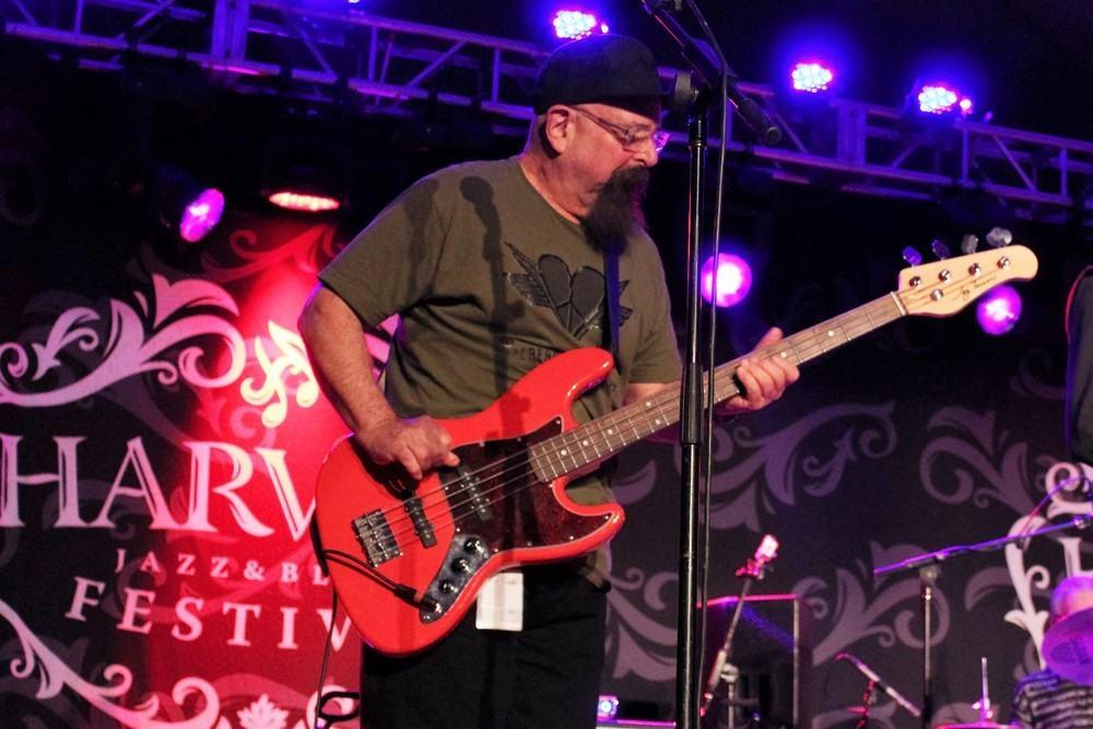 Larry Taylor (Canned Heat) HJB 2015 (JT)