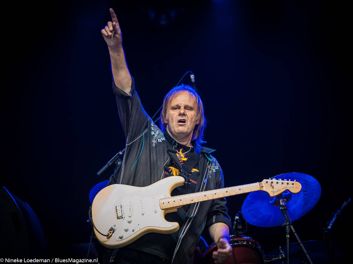 Walter Trout_- photo by Nineke Loedeman