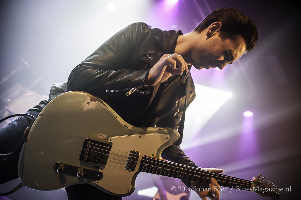 2016-www-stagephoto-nl-laurence-jones-11